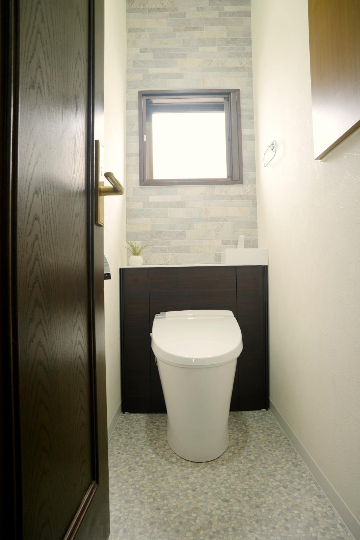 【トイレ入替】使いやすく スタイリッシュな空間に