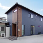 新潟市ガレージハウスリノベーションOHしました 第2弾~壁掛テレビ周り・フロア材色・モールディング編~